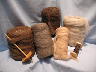 Rovings of Llama fiber