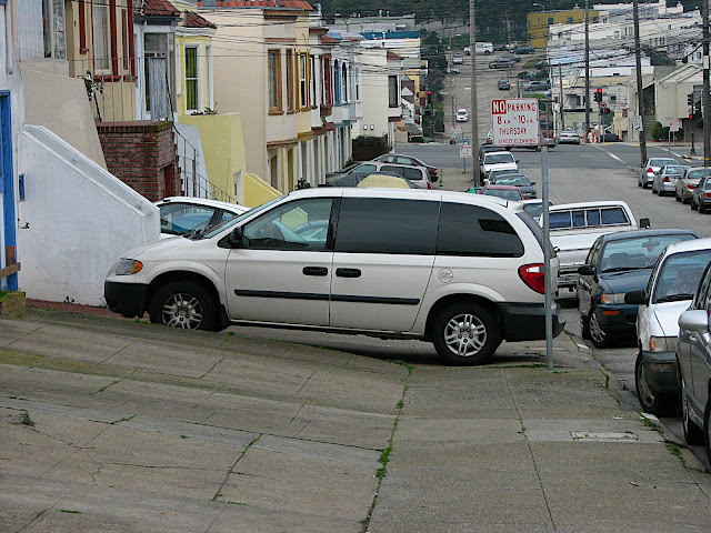 Drivers block sidewalks rampantly in the Sunset. Photo: ##http://lh3.ggpht.com/_TDLjiNdehOc/S0lRy49eiLI/AAAAAAAAAHM/vFb5FanOd6E/s640/IMG_0103.JPG##SF Department of Sidewalk Parking##