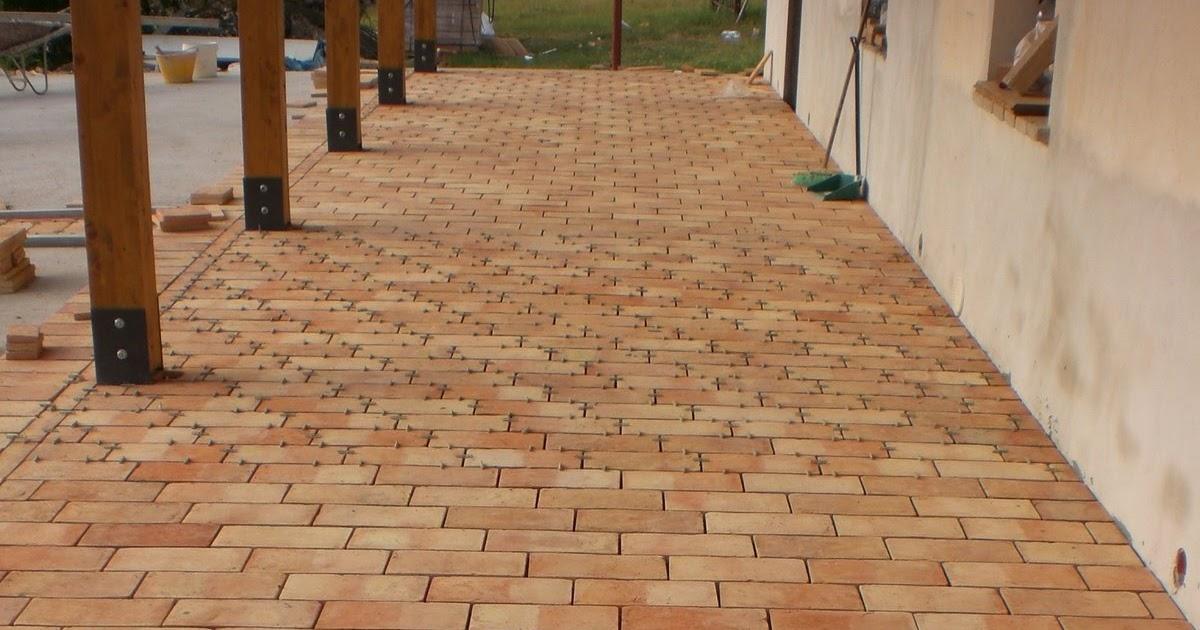 La nostra casetta pavimentazione del portico 2 - Oblo tetto casa ...