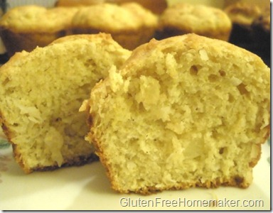 pineapple coconut muffins
