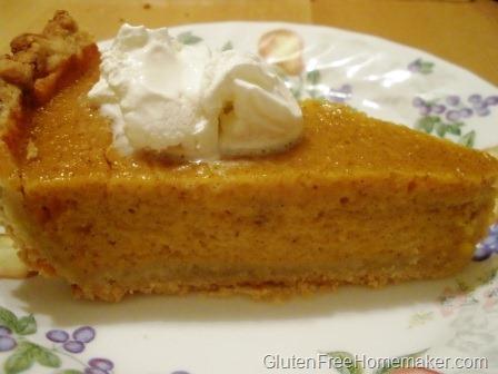 [pumpkin pie slice[4].jpg]