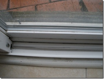 sliding door track - clean