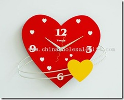 Heart-wall-clock-09381251620