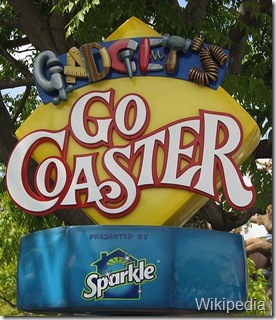800px-Disneyland-GadgetsGoCoaster-sign