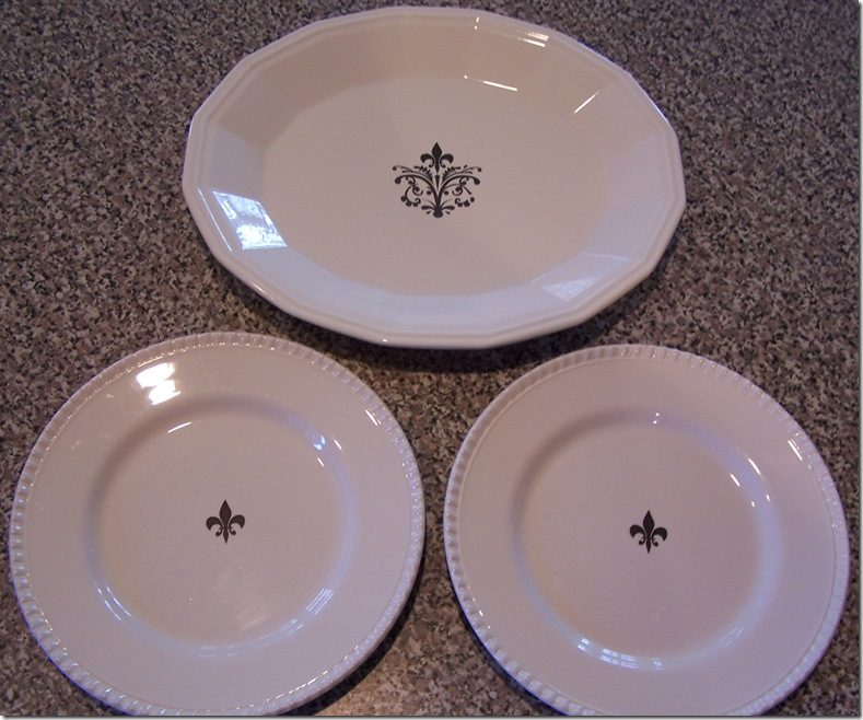 White Dishes 001