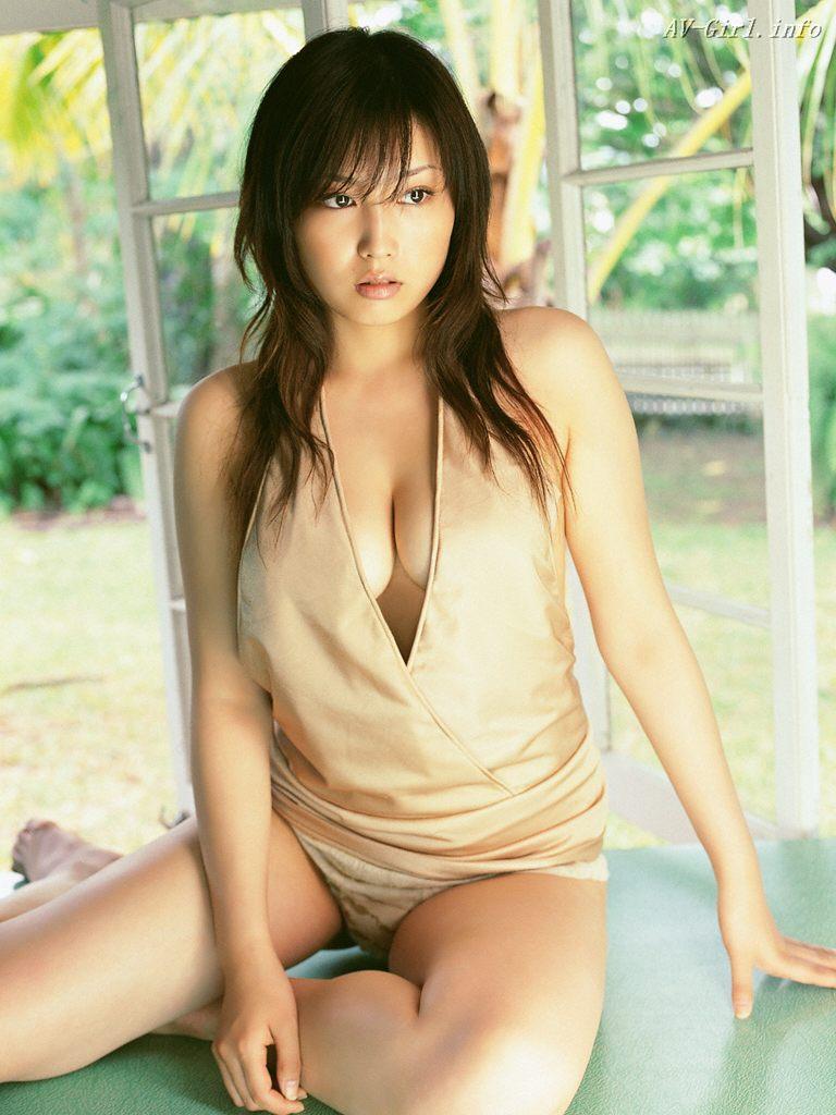 http://lh3.ggpht.com/_Te08WZ7ONNg/S2U4QrhXoKI/AAAAAAAAWJw/U8BpcuAMzp0/s1440/Yoko-Mitsuya-sexy-office-lady-gooogirl.com-3612.297110.jpg