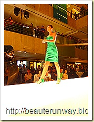 karen millen spring summer fashion show 25