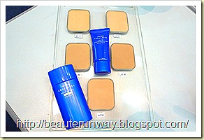Aqualabel powder foundation, white up base and foundation