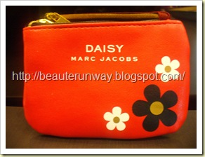 Marc Jacobs Daisy Red Pouch