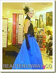 Tangs Fashion Show I am Woman 40