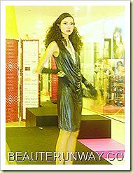 Tangs Fashion Show I am Woman 38