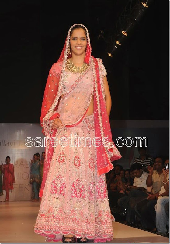 Saina-Nehwal-Hyderabad-Fashion-Week-2010