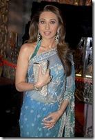 karishma-Kapoor-Blue-Manish MAlhotra-saree