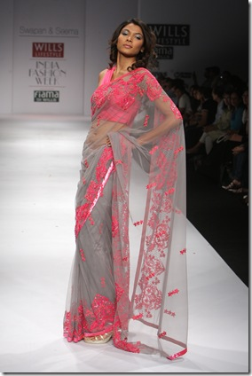 Swapna-And-Seema-Sari-Collection (1)