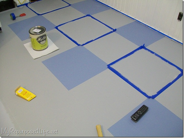 Scotch Blue Painter's tape (vinyl floor)