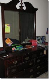 Eli's Furniture2