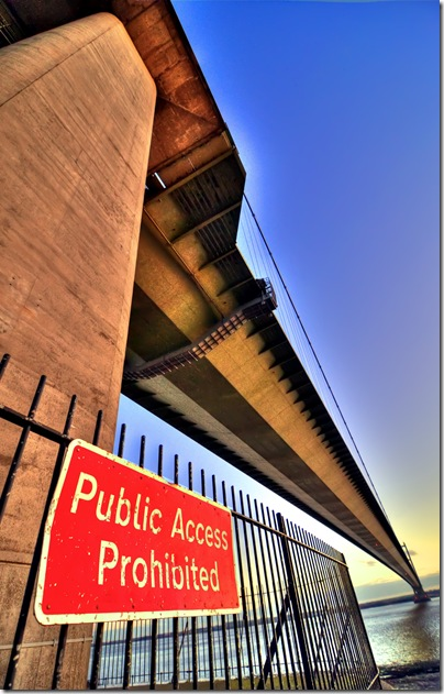 humber bridge public access prohibited