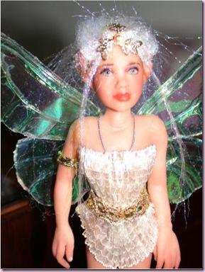 FairyClose4417
