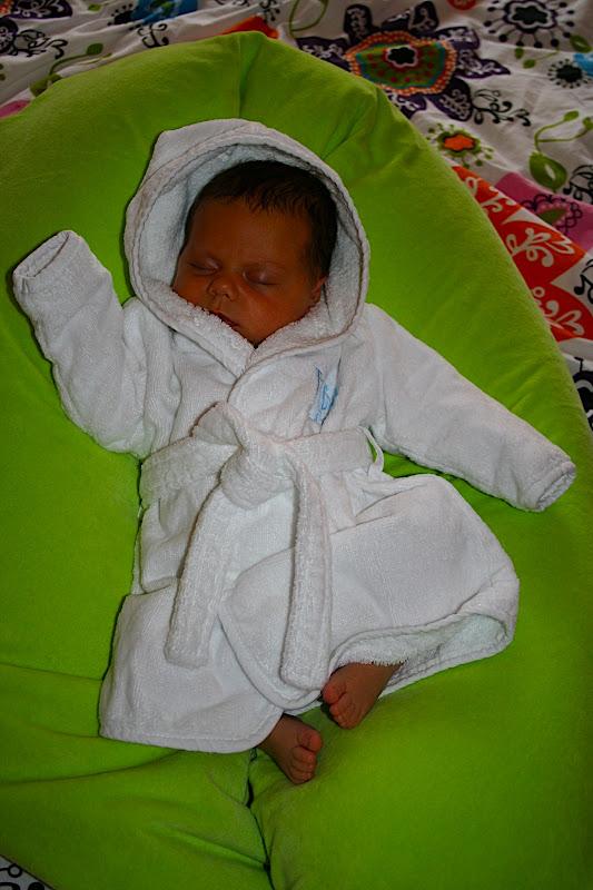 Sterre in haar badjas