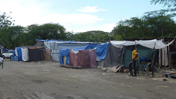 Tiny Roadside IDP Camp - Haiti 2010