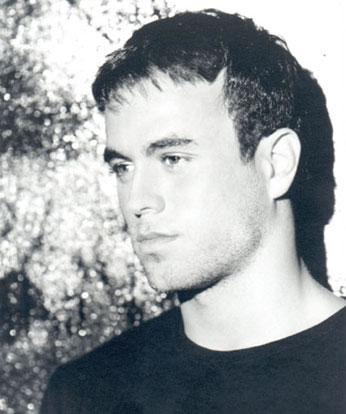 Enrique Iglesias Hairstyle on Enrique Iglesias   Balding Celebrities