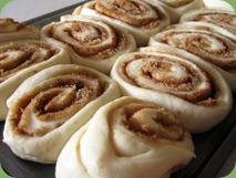 cinnamon-rolls-2