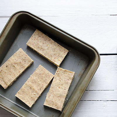 No-Bake Pineapple Coconut Bars (Gluten-Free, Paleo, Vegan)