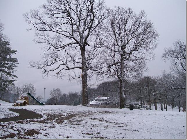 snow and retro items053