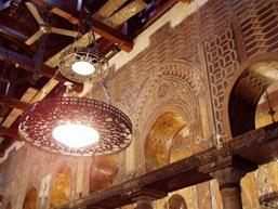 Inerior de uma igreja copta no Cairo, Egito