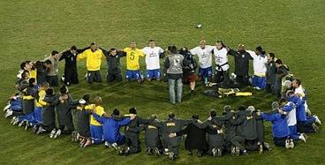 brasil-reza-confederacoes-436