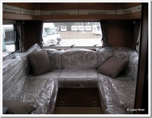Rear lounge with 2 heating vents.