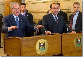 Bush, il lancio delle scarpe del giornalista iracheno 10