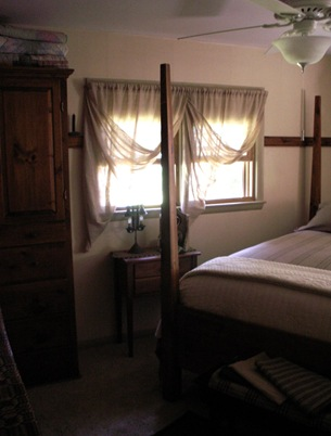 Bedroom 3 new curtains