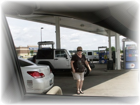 [Mare at gas station[7].jpg]