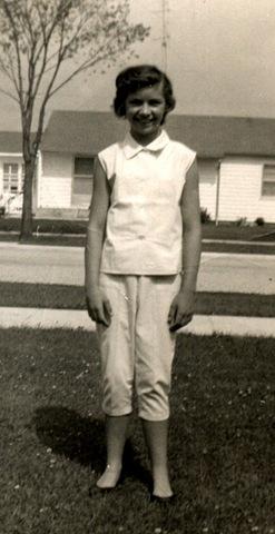 [Karen in peddal pushers 1957[2].jpg]