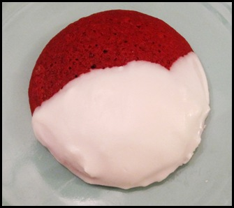 red velvet cookie 2