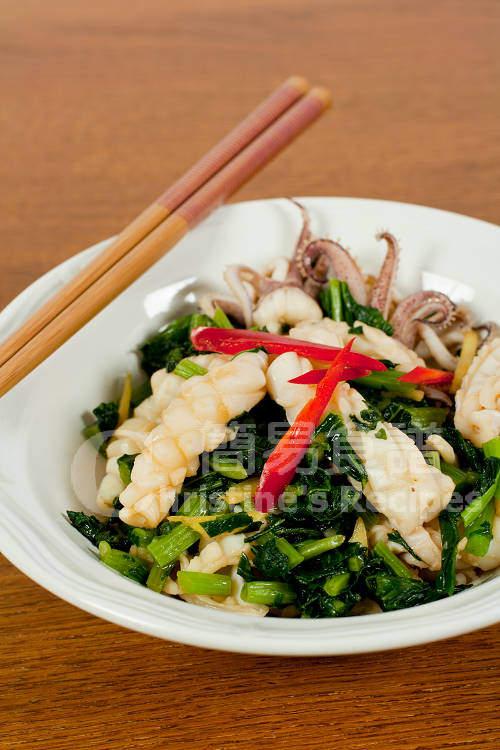 雪菜炒鮮魷 Stir-fried Squid with Salted Vegetable01