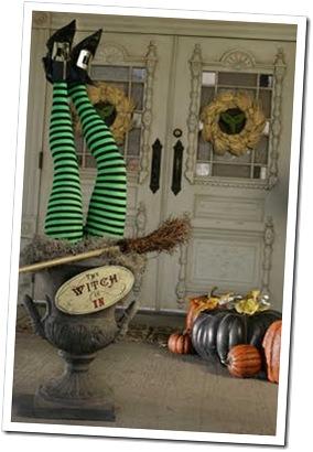 HH_Halloween_lede_09-13-2009_FC1BBK8H.embedded.prod_affiliate.81