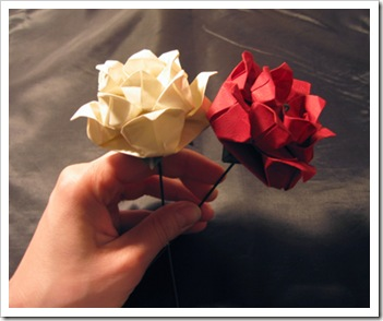 Pretty amazing origami flowers cher cabulas mindbox mightylinksfo