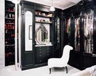 Black Cabinets2