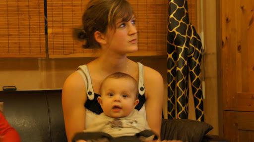 Noah et sa jolie cousine qu'il aime et qu'il adore ...