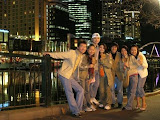 from left:<br>me, my sis, lao chao's boyfren, lao chao, yup's sis housemate, yup's sis, xue lei