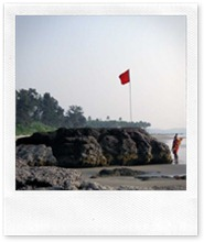 rock-lifeguard-ashvem-beach-pernem-north goa