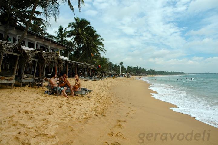 Хикадува плажа