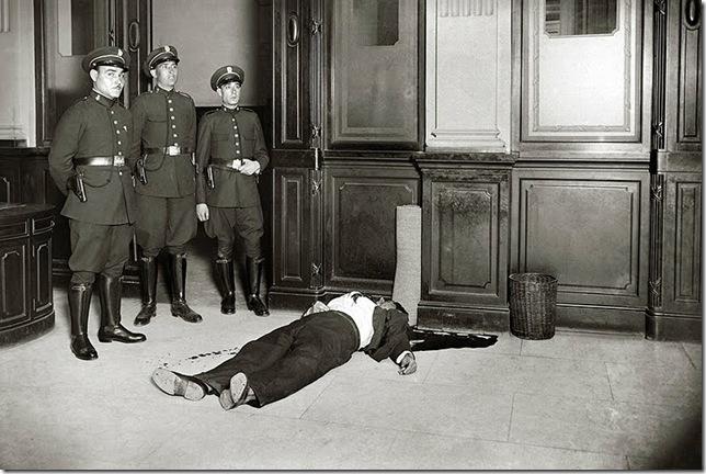 branguli - Suicidio en la Banca Arnús, Barcelona (1934)