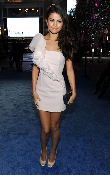 SELENA GOMEZ People's Choice Awards 2011