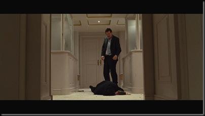 O si no, a lo mejor te caes por el hueco de un ascensor. Con mi ayuda.