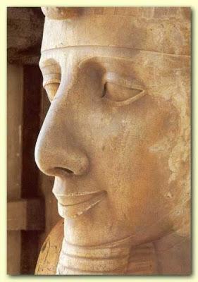 Ramsés II sonriente