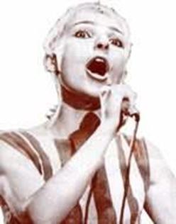 Поёт Жанна Агузарова
