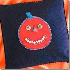ss_pumpkinpillow